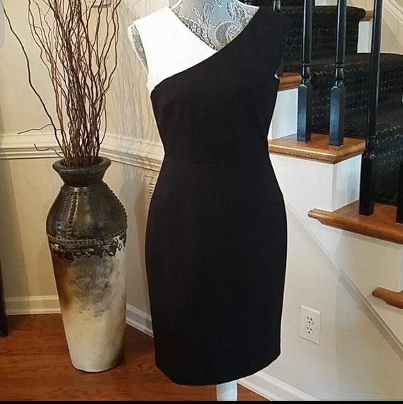 Calvin Klein Dresses & Skirts - Calvin Klein Sleevess Dress in Black and White